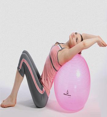 瑜伽球的作用 教你几招简单瑜伽球动作-江苏华宏医药